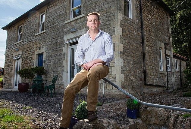 Clive hired a 'master builder' to fix up hisfour-bedroom Somerset home… but he still lost £84,000