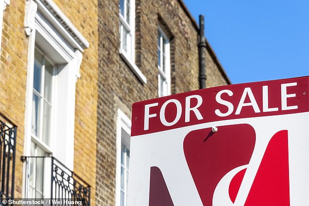 Leading online estate agent becomes the first of its kind to offer 'free-of-charge' service