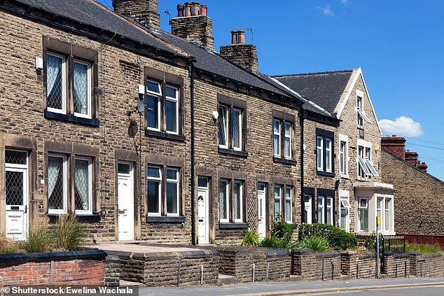 Property prices continue to rise despite slump in the South East, ONS reveals